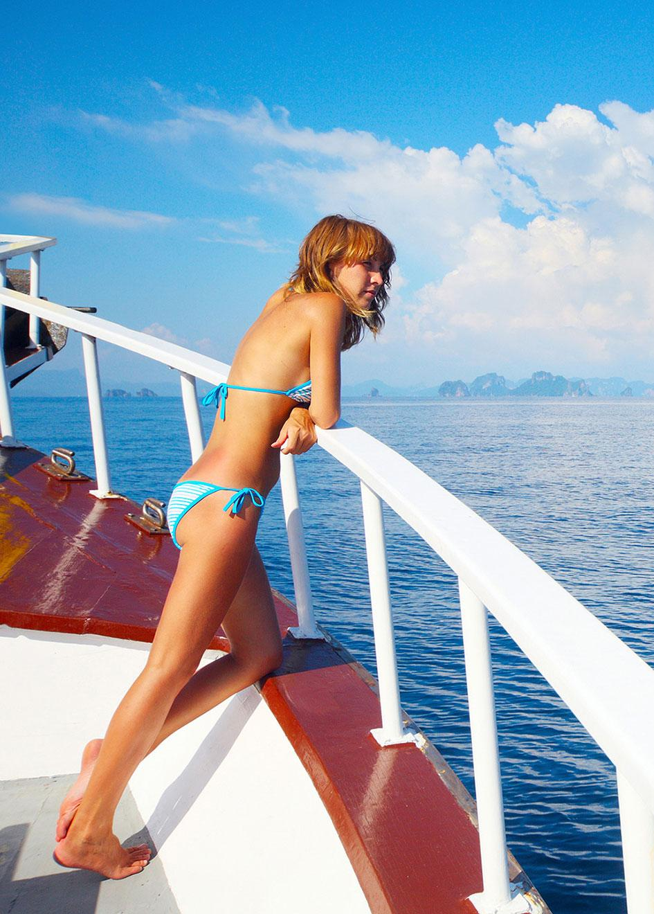 Luxury Home Library: Superyacht Charter Etiquette: The Dos And Don'ts