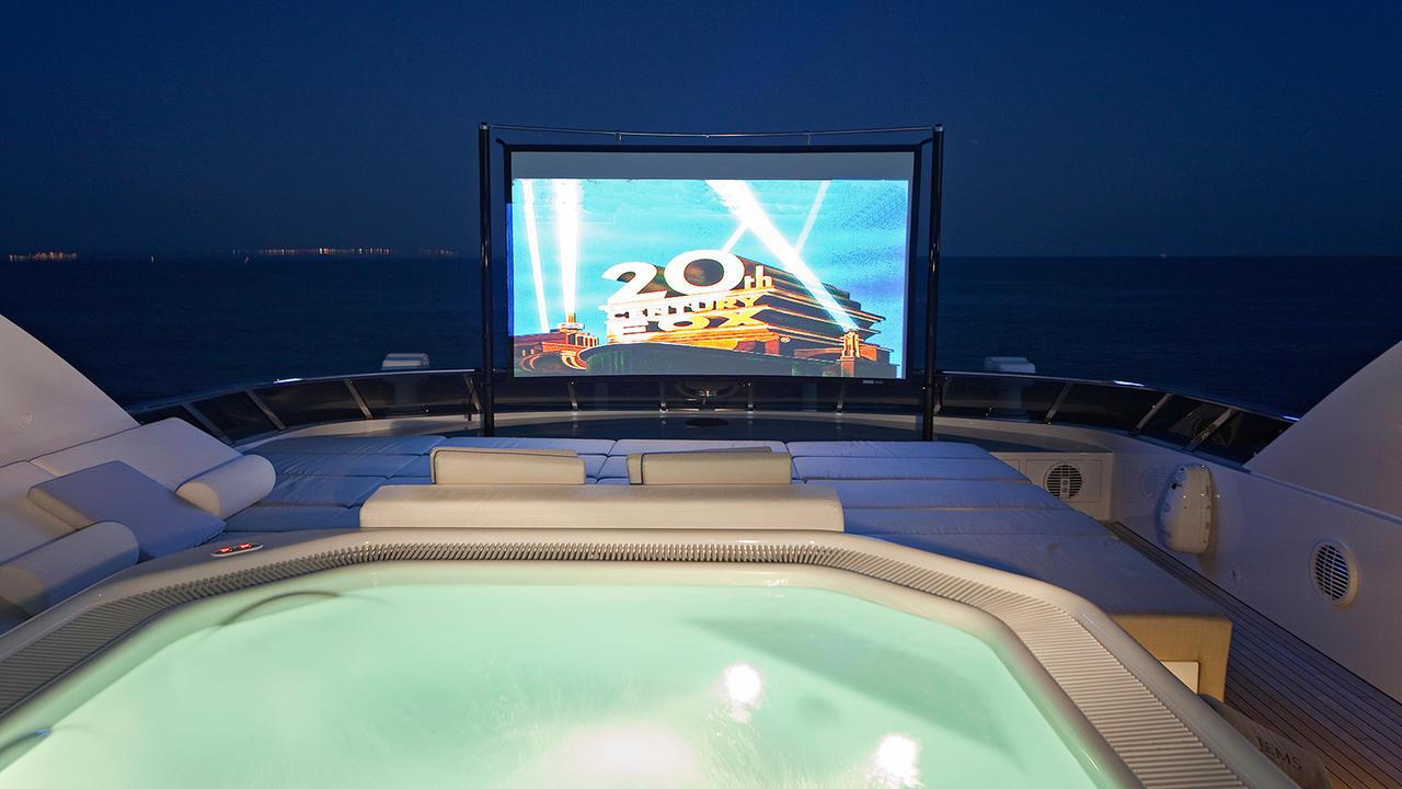 the best outdoor cinemas on luxury yachts
