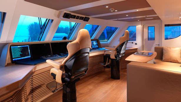 Moonen S Submarine Carrying 42m Flagship Sofia Boat