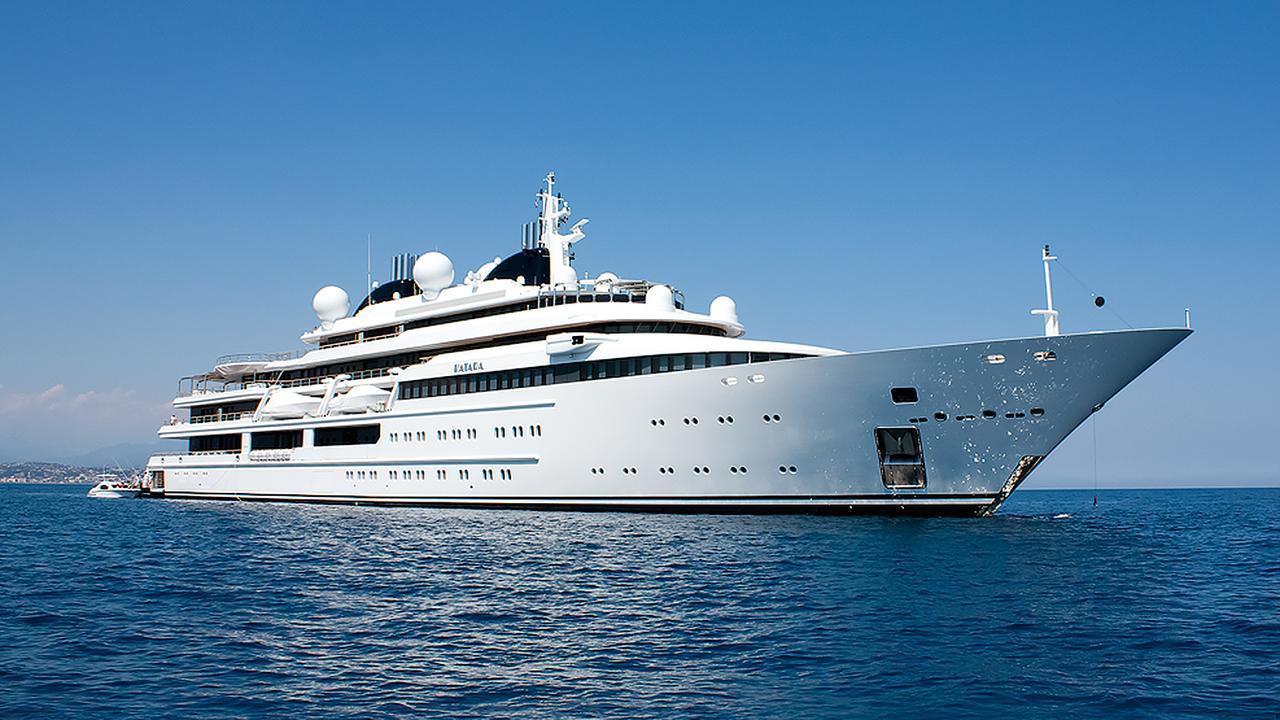 The 10 biggest l rssen superyachts boat international for Lurssen yacht genova