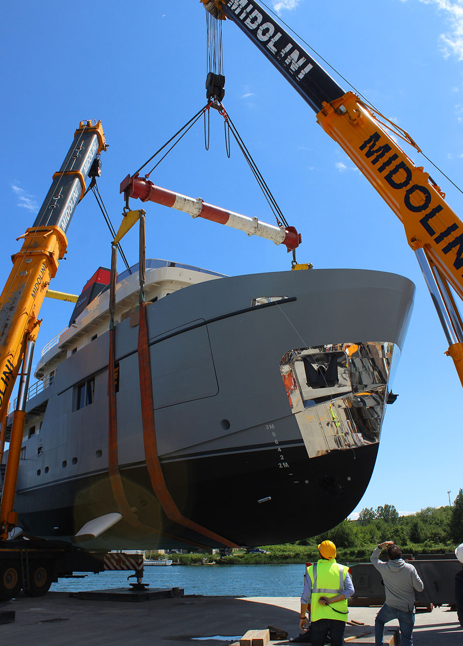 Omega Yachts 101 Forte explorer yacht launch