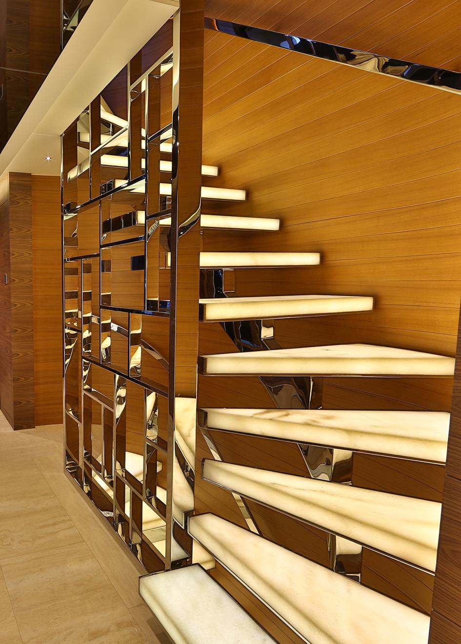 the-staircase-on-the-bilgin-superyacht-giaola-lu