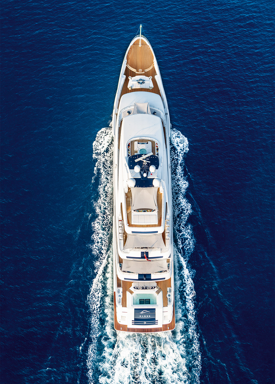 aerial-view-of-the-crn-superyacht-cloud-9-credit-maurizio-paradisi