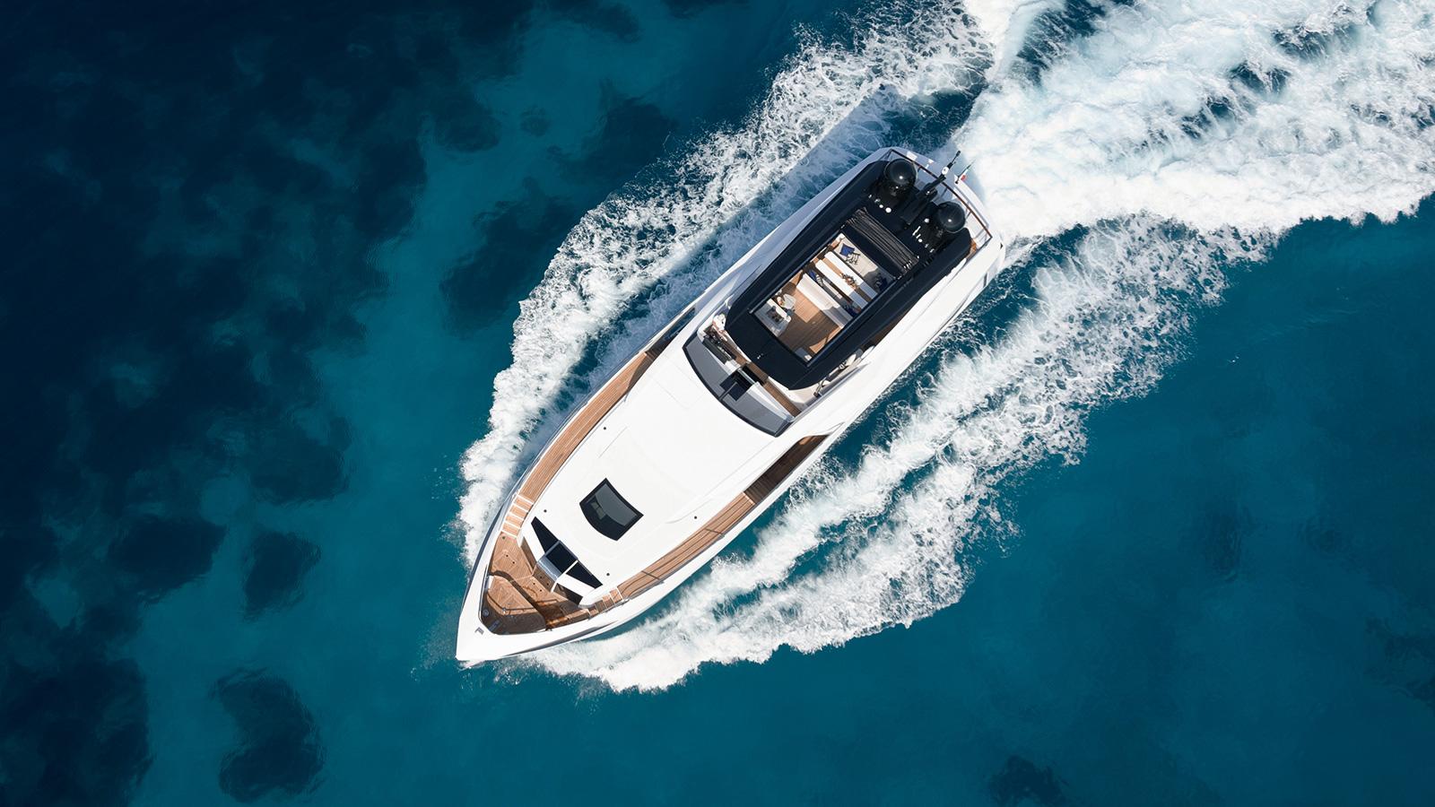 aerial-view-of-the-dominator-ilumen-yacht-kalliente-credit-jeff-brown-breed-media