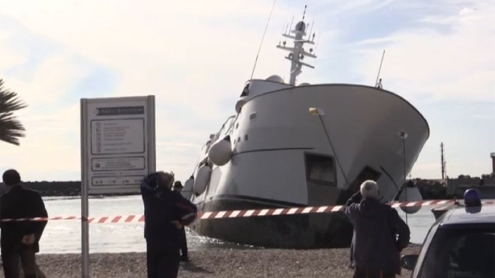 Luxury yacht Nibani runs aground near Rome