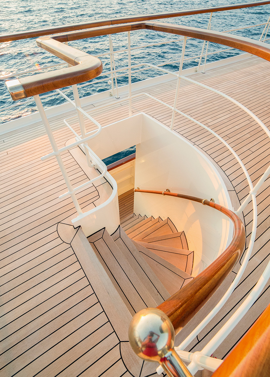 Portrait Taransay Yacht Exterior Stairs
