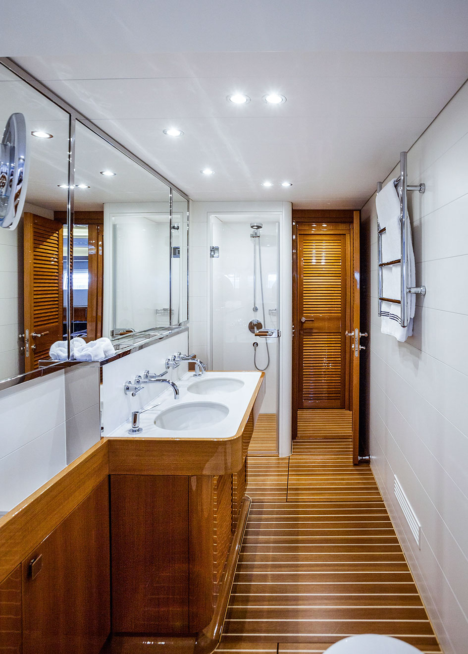 Solleone master bathroom