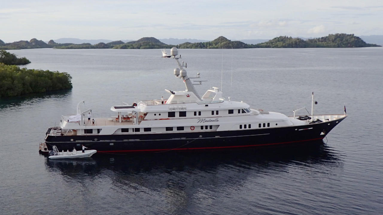 Feadship motor yacht minderella now for sale with y co and for Large motor yachts for sale