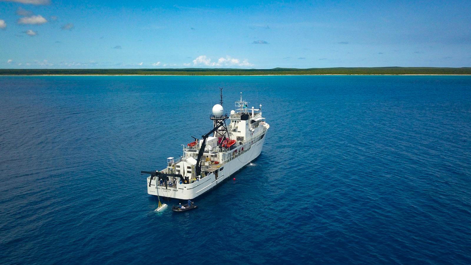 on-board-pressure-drop-explorer-victor-vescovo-five-deeps-expedition