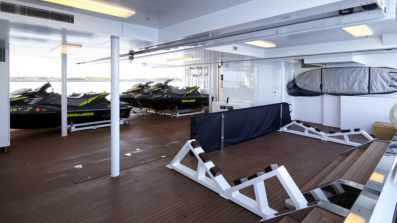 the-tender-garage-on-hakvoort-super-yacht-just-js
