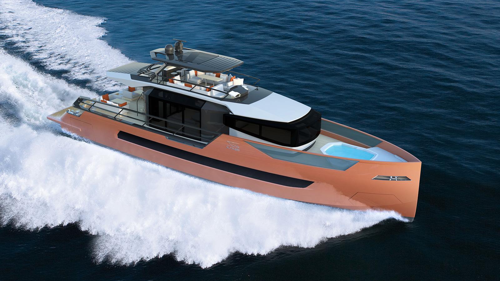 running-shot-of-the-sarp-yachts-xsr-85