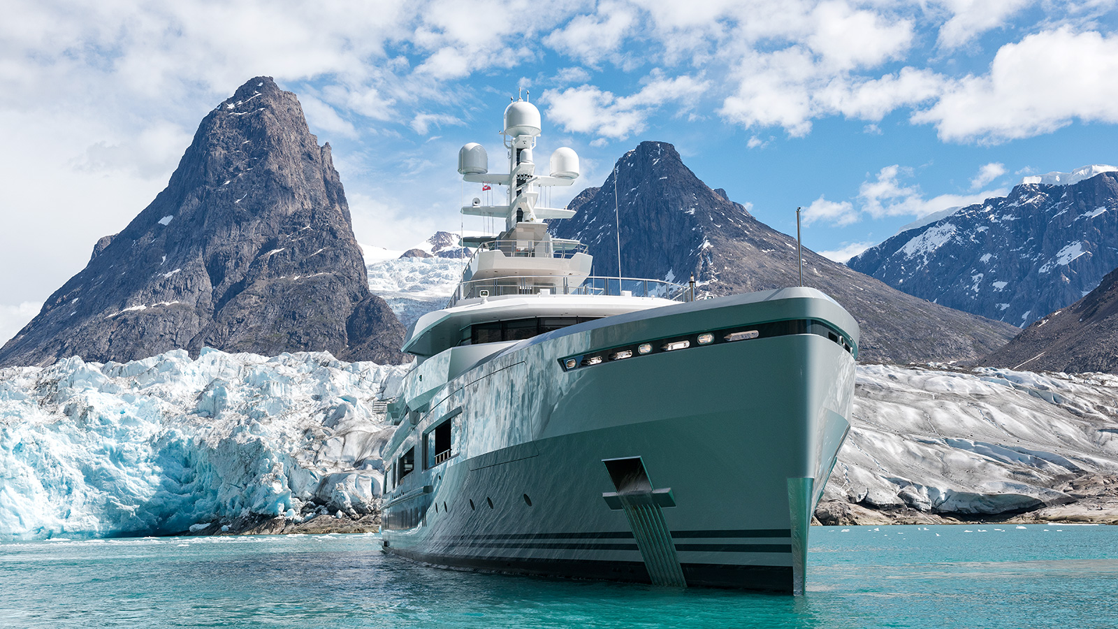 bow-view-of-abeking-and-rasmussen-explorer-yacht-cloudbreak