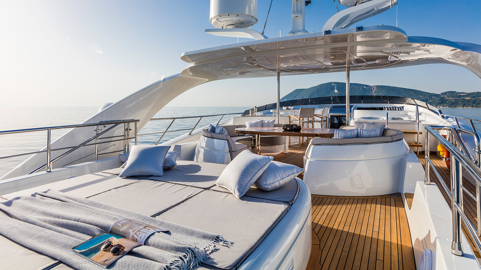 the-sun-deck-of-the-isa-120-yacht-clorinda