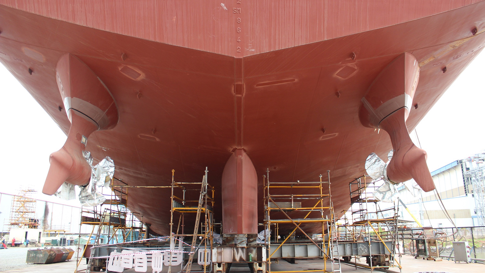 the-transom-of-82-metre-in-build-explorer-yacht-kilkea-at-the-vard-shipard-in-vietnam