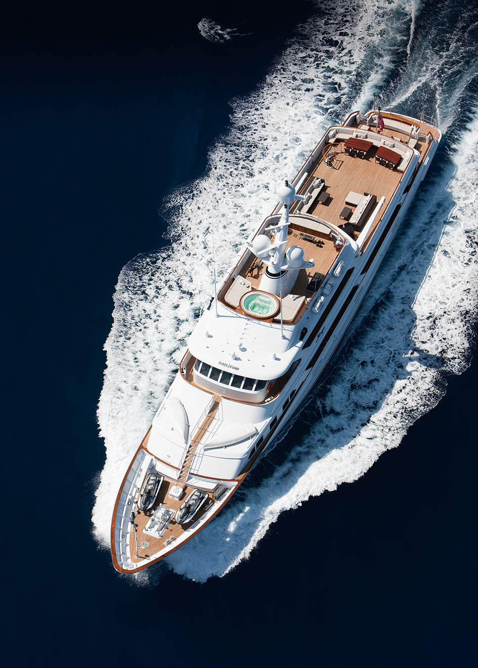 aerial-view-of-classic-feadship-super-yacht-mirage