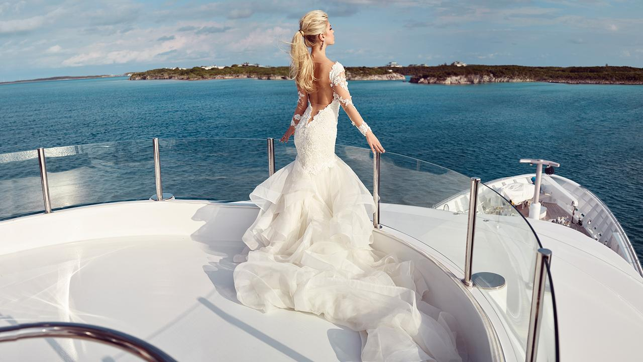 Charter Superyacht My Seanna For Your Wedding At Sea