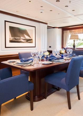 Hakvoort delivers 38m superyacht soprano boat international for Interior decorator sopranos