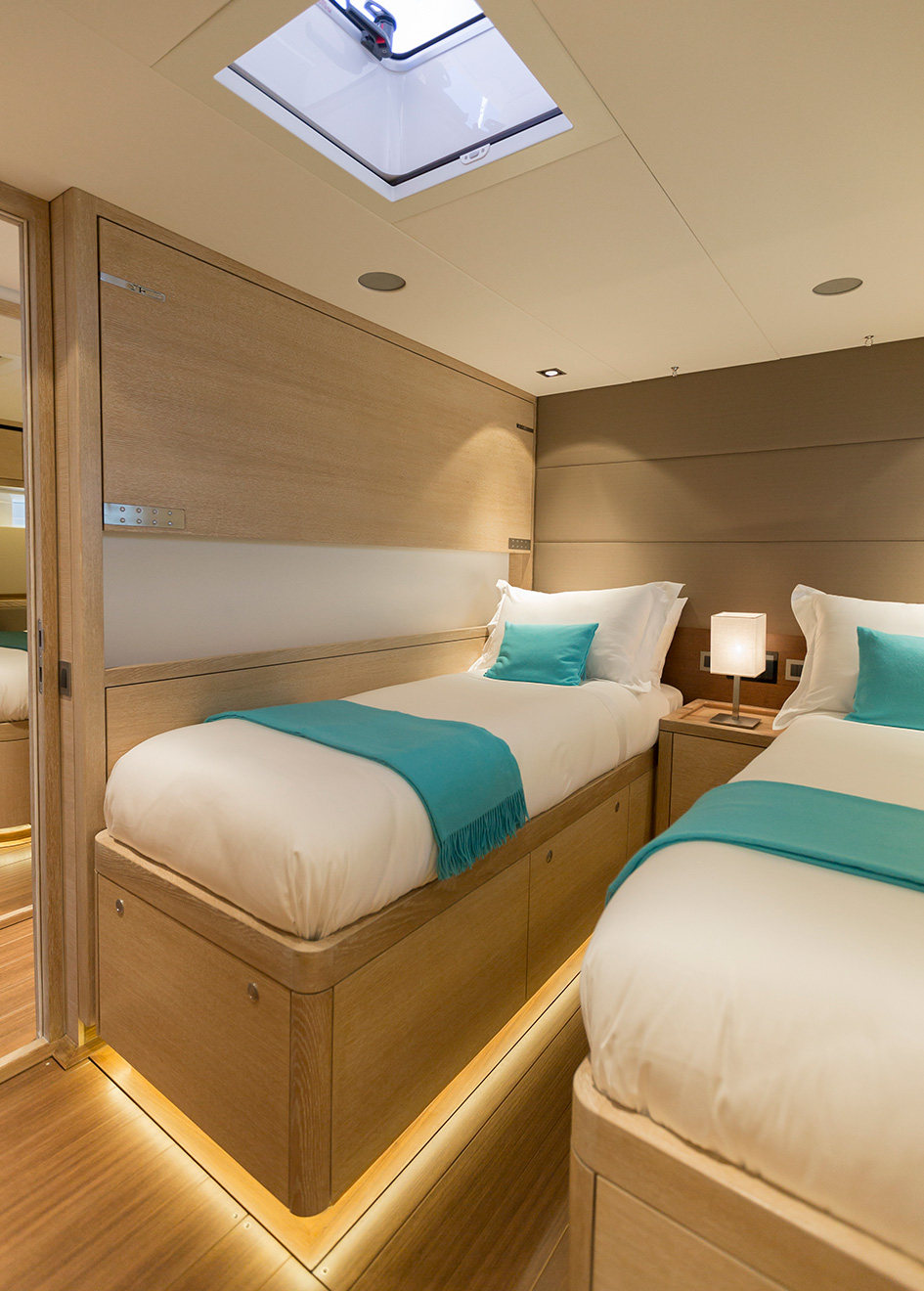 one-of-the-guest-cabins-of-oyster-825-sailing-super-yacht-maegan