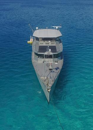 Cochise On Board Steve Dashew S Super Tough Explorer