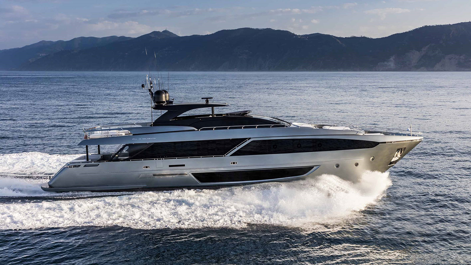 the-first-riva-110-dolcevita-yacht-was-launched-in-march-2018
