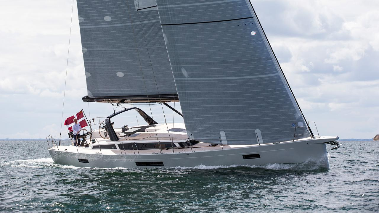 Amel 64 , will it sail in light winds ? - Page 3 - Cruisers