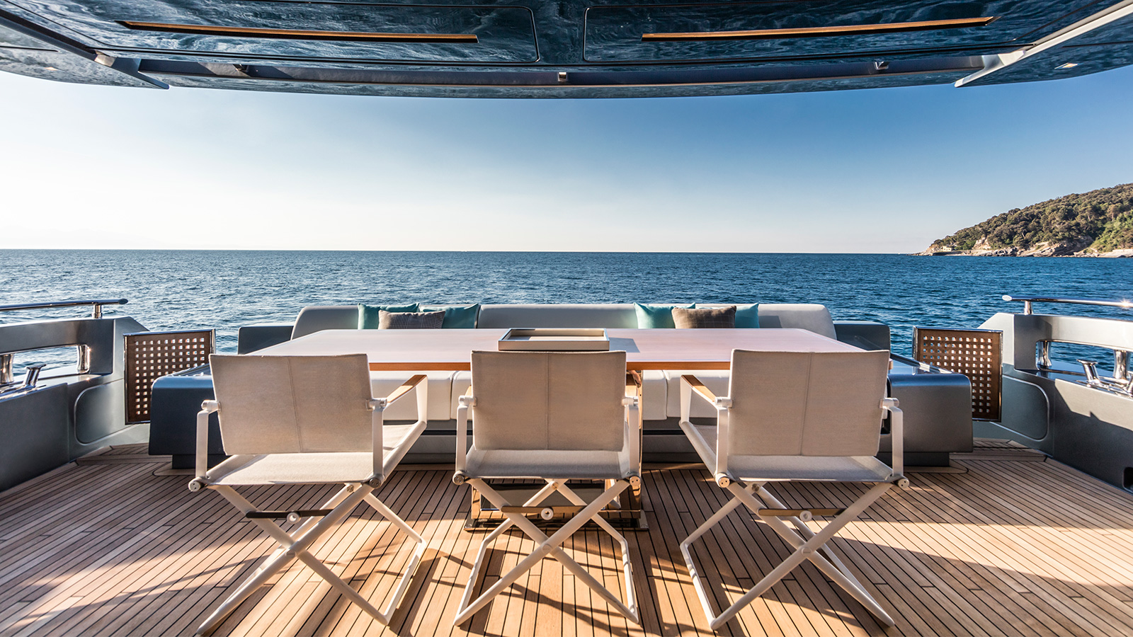 the-aft-deck-of-the-riva-100-corsaro-yacht-wild-one-credit-alberto-cocchi