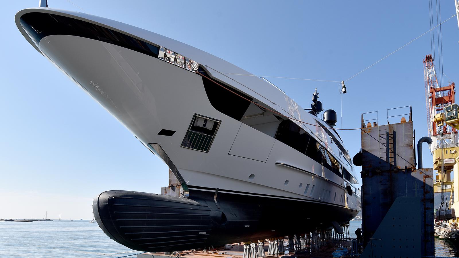 the-second-sanlorenzo-52-steel-yacht-hits-the-water-in-la-spezia