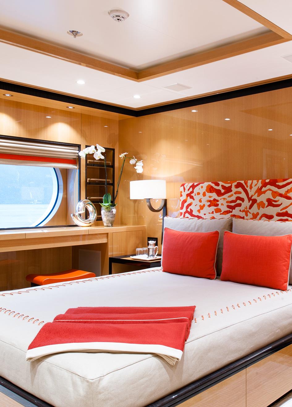 Portrait Event Yacht Guest Cabin
