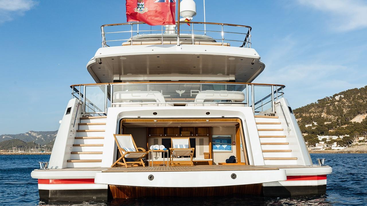 Admirable The Best Superyacht Beach Clubs In The World Boat Creativecarmelina Interior Chair Design Creativecarmelinacom