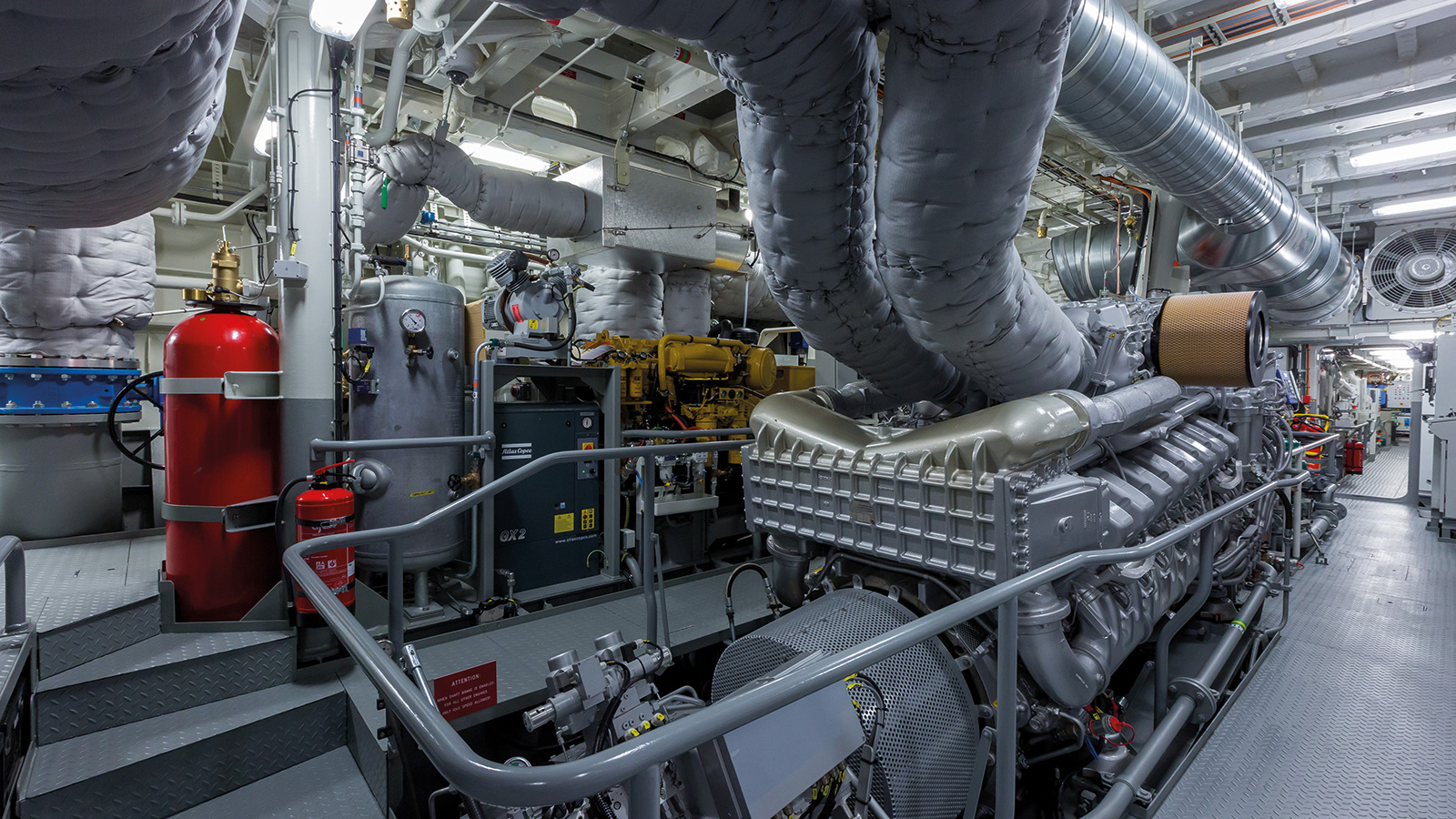 the-engine-room-of-the-damen-superyacht-support-vessel-game-changer