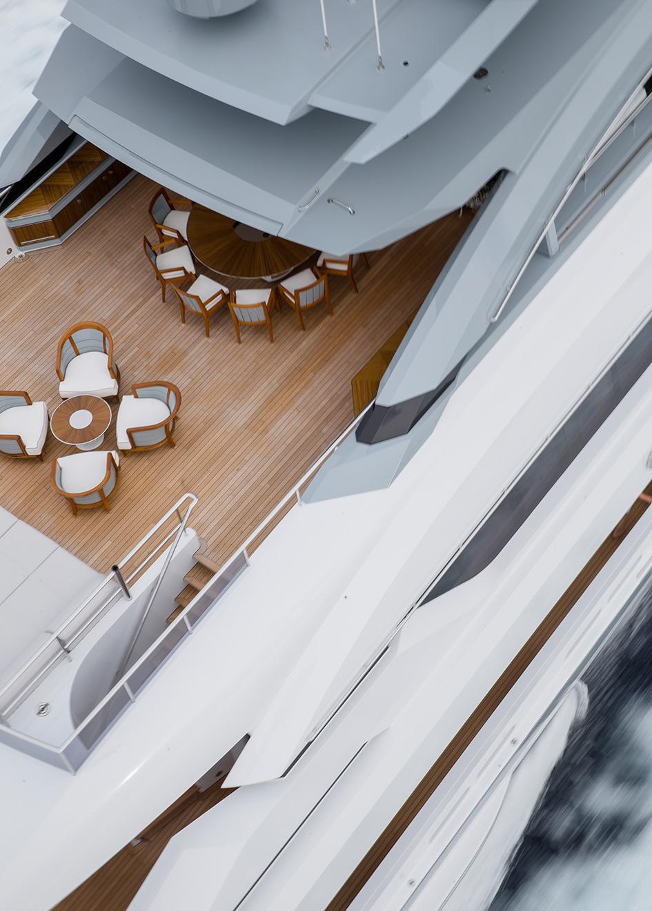 upper-deck-detail-on-heesen-flagship-yacht-galactica-super-nova