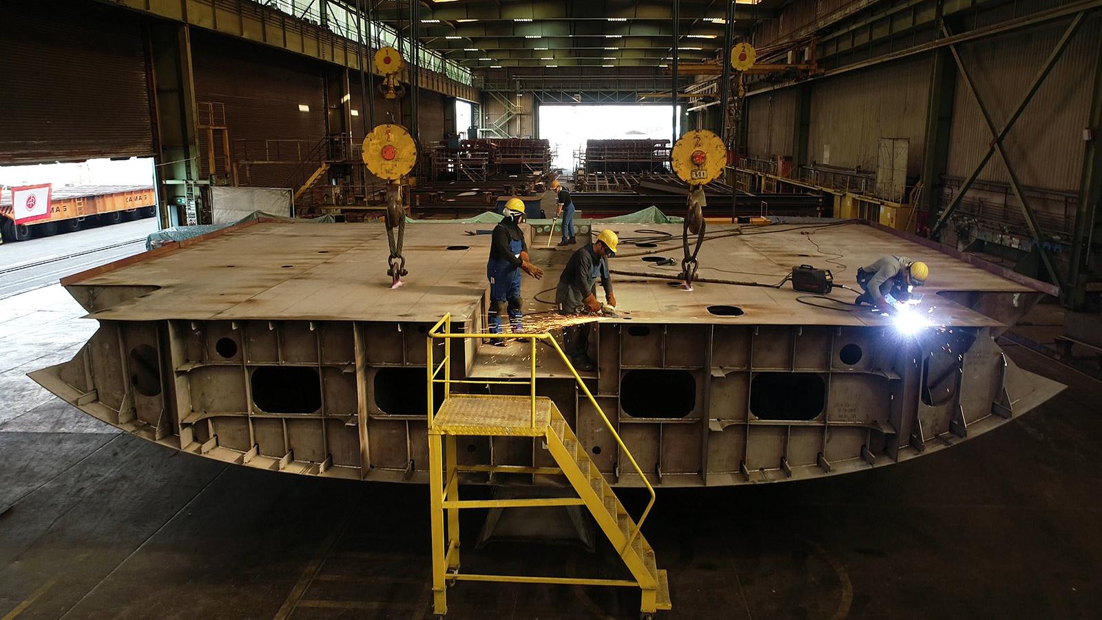 Abeking-&-Rasmussen-lays-keel-of-118-metre-yacht
