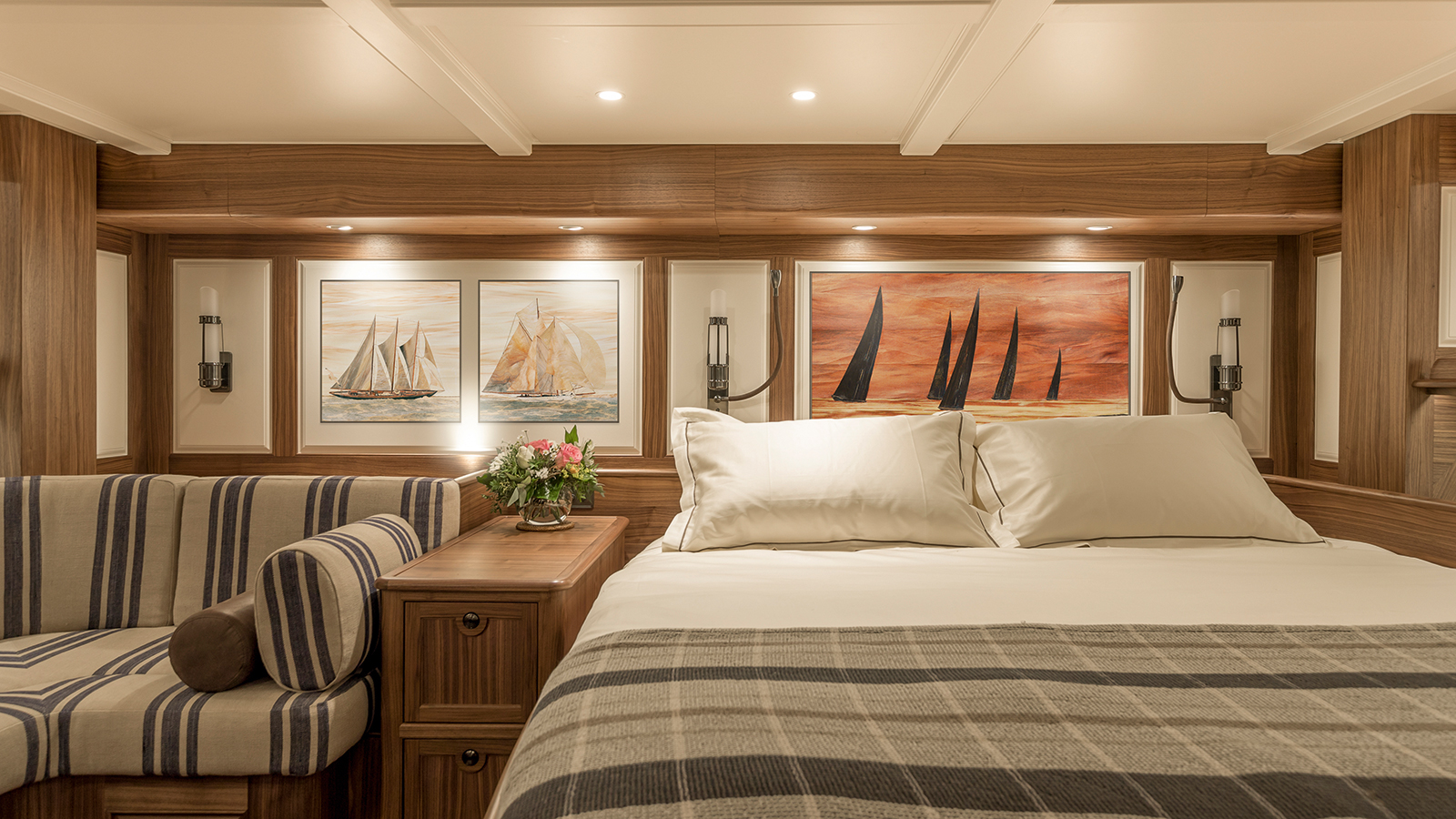 one-of-the-guest-cabins-on-the-j-class-sailing-yacht-svea-credit-carlo-borlenghi