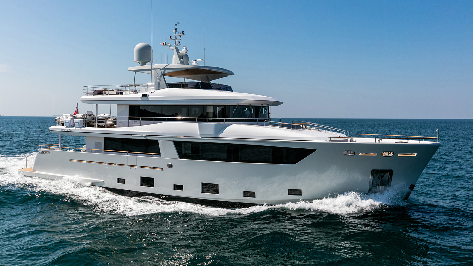 running-shot-of-the-nauta-air-108-yacht-narvalo-from-cantiere-delle-marche
