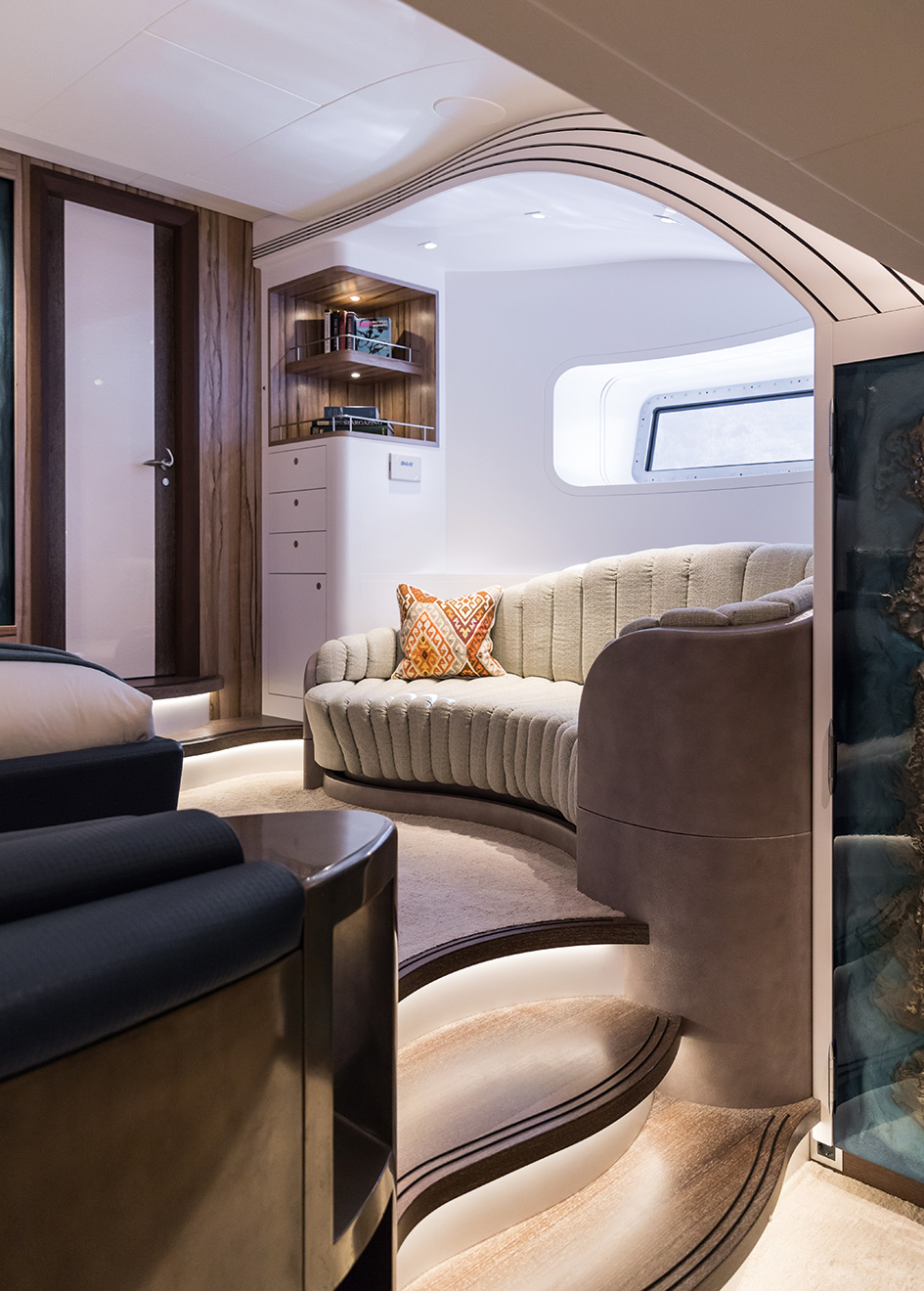 owners-suite-detail-on-the-royal-huisman-sailing-yacht-ngoni-credit-jeff-brown-breed-media
