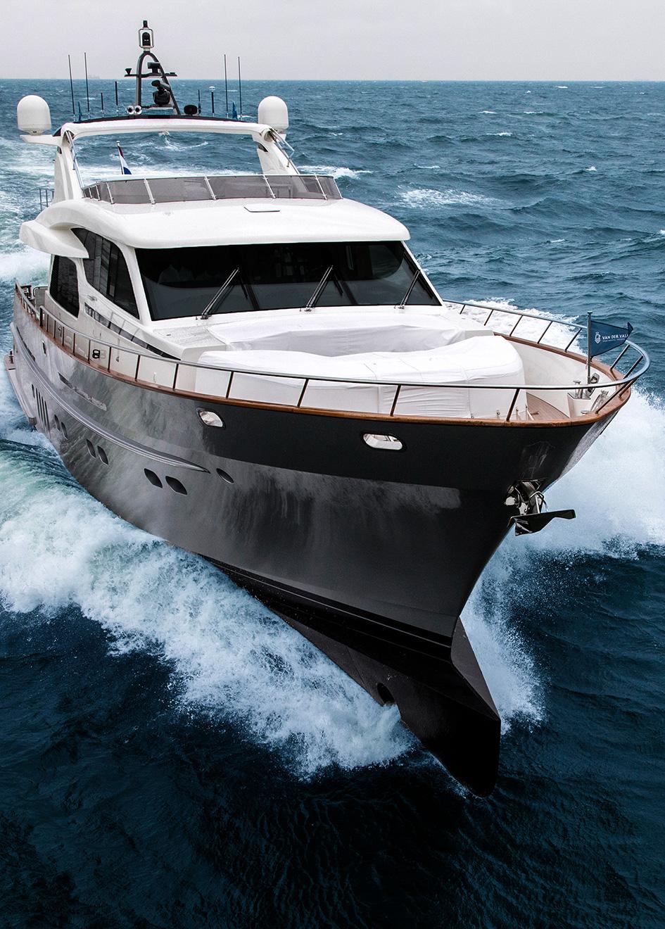 bow-running-shot-of-the-van-der-valk-motor-yacht-anemeli