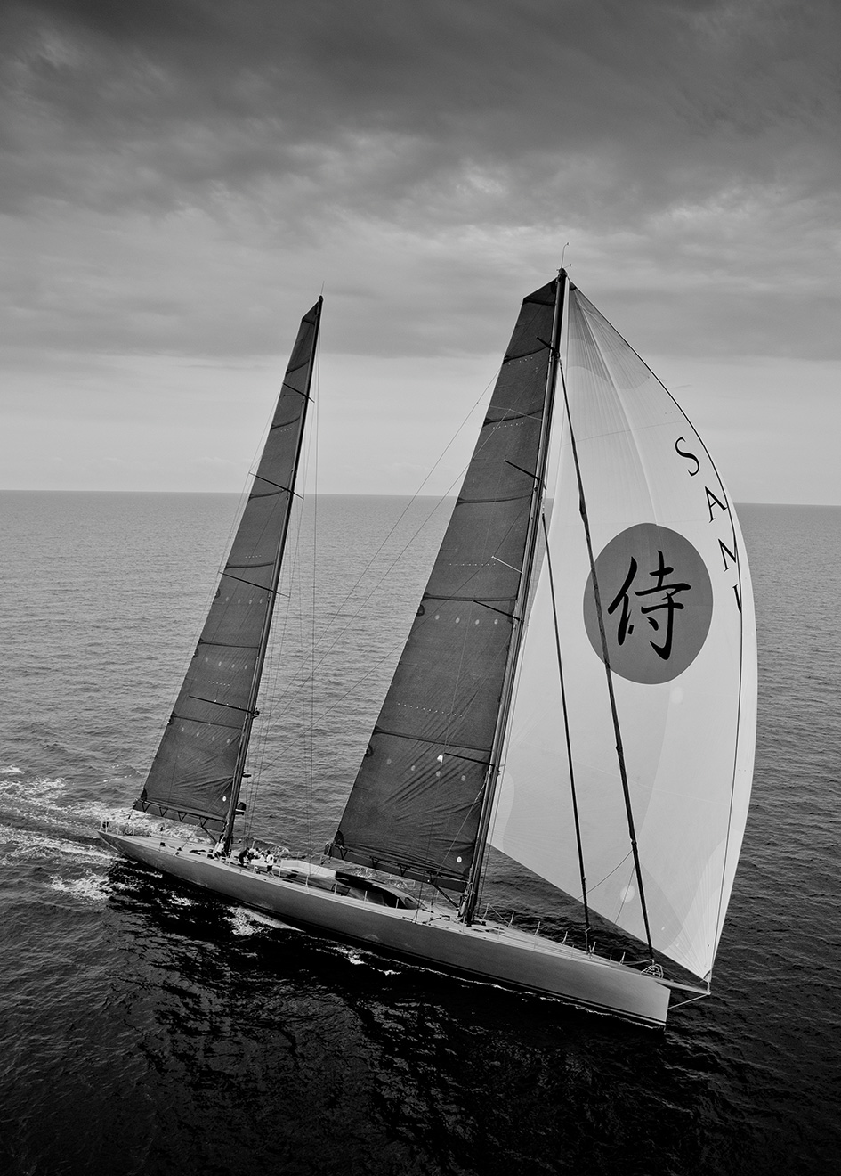starboard-view-of-refitted-sailing-super-yacht-samurai