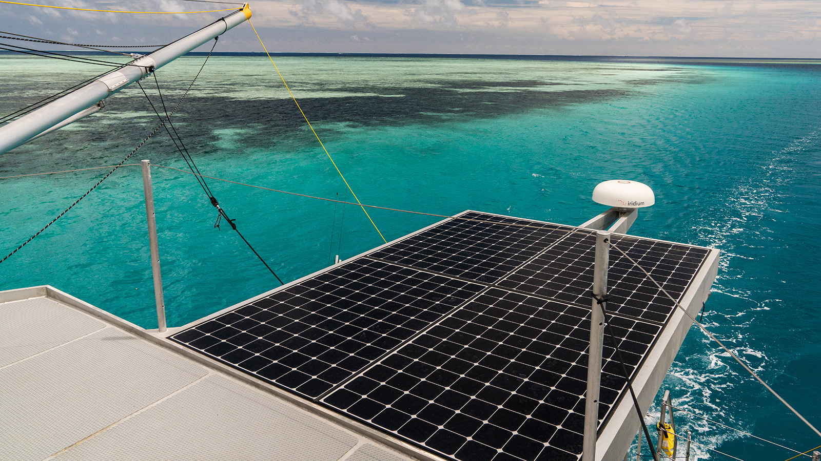 solar-panels-on-the-fpb-78-explorer-yacht-cochise-credit-steve-dashew