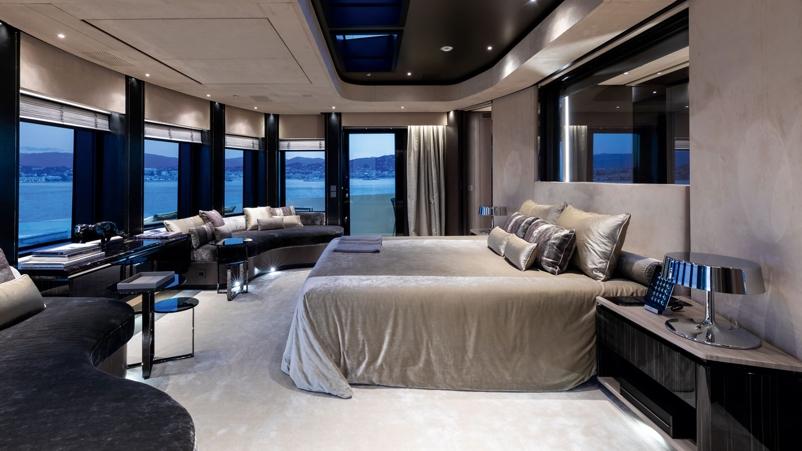 Solo owners suite