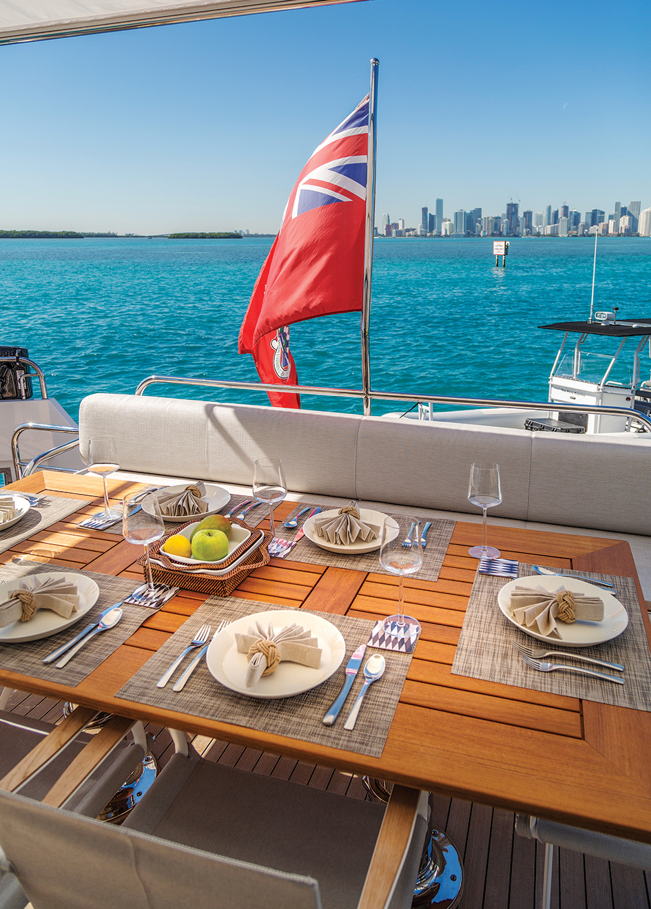 the-aft-deck-of-the-delta-88-carbon-yacht-knot-again