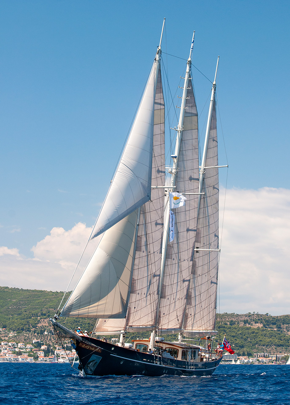 the-restored-classic-schooner-sailing-super-yacht-malcolm-miller-with-her-sails-aloft