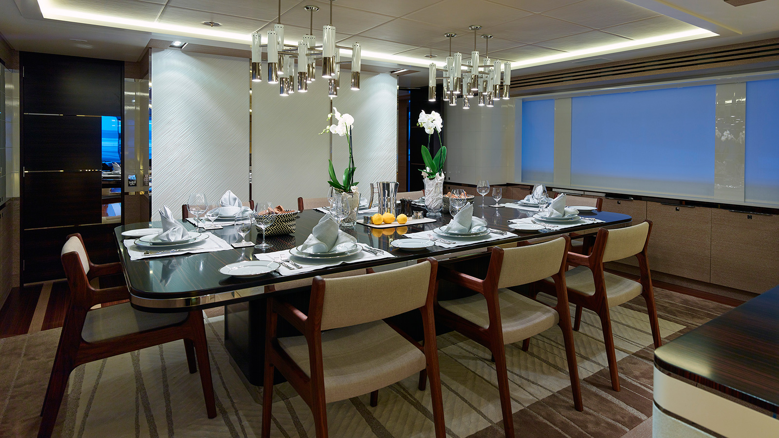 the-dining-area-on-heesen-super-yacht-asya