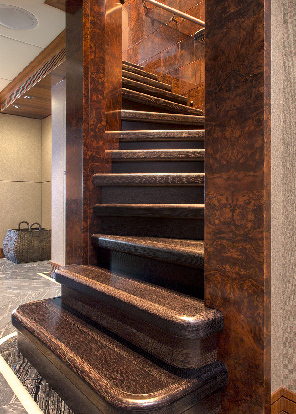 the-staircase-of-muchos-mas-by-crescent-custom-yachts-credit-forest-johnson