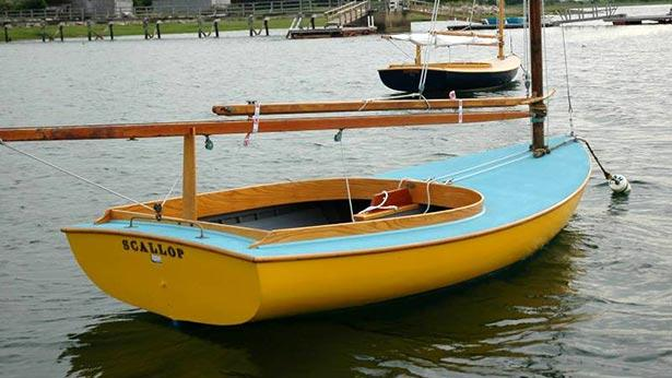 Kennedy family sailing dinghy up for auction | Boat
