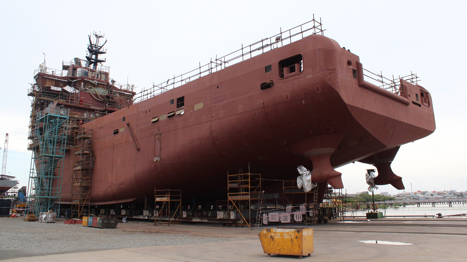 82-metre-in-build-explorer-yacht-kilkea-at-the-vard-shipard-in-vietnam