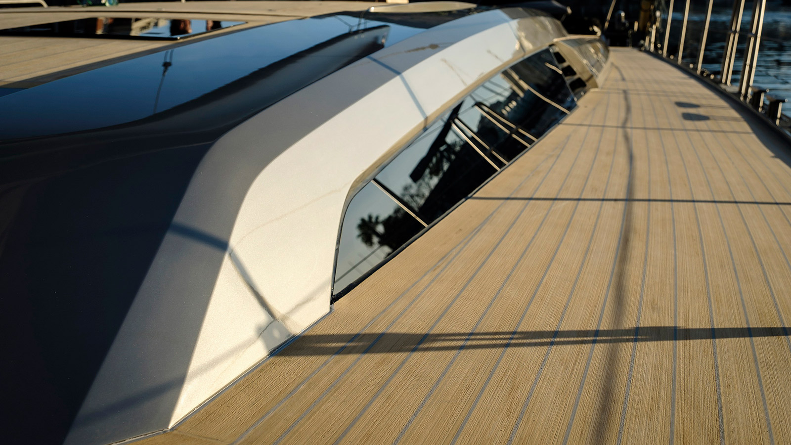 deck-view-of-the-southern-wind-sailing-yacht-sorceress