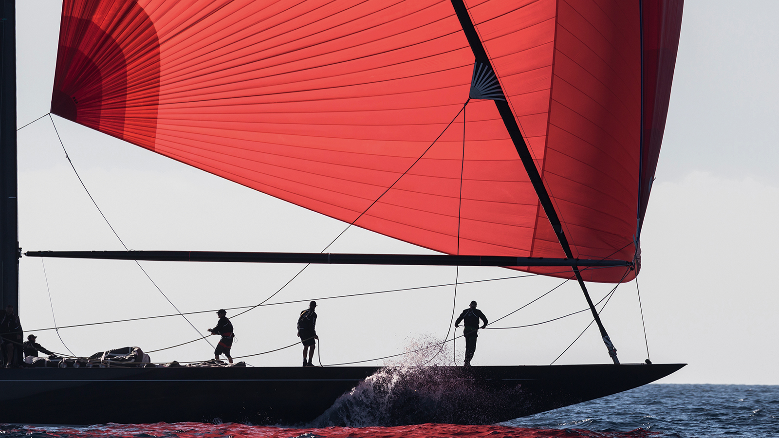 side-view-of-the-j-class-sailing-yacht-svea-credit-carlo-borlenghi