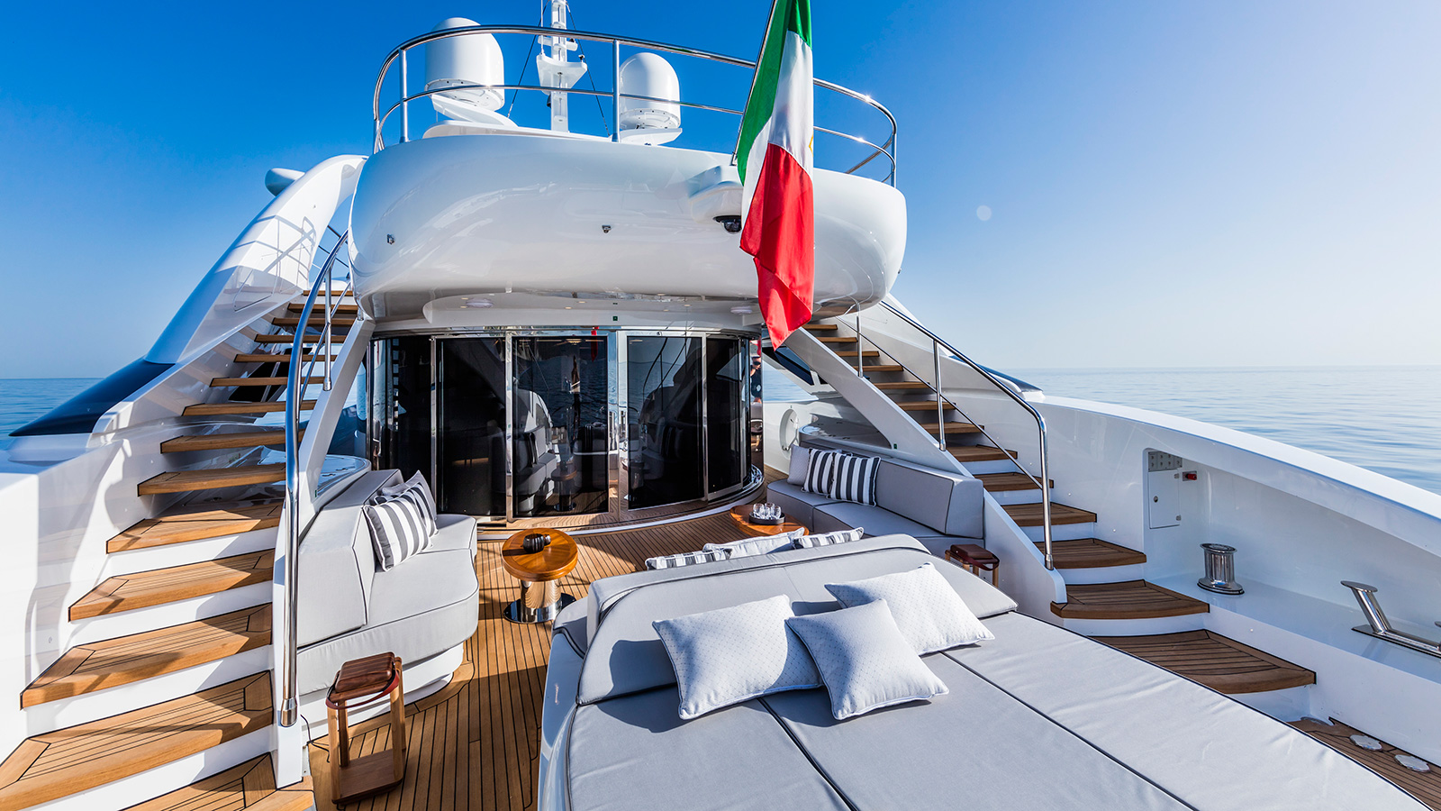 the-aft-deck-of-the-isa-120-yacht-clorinda