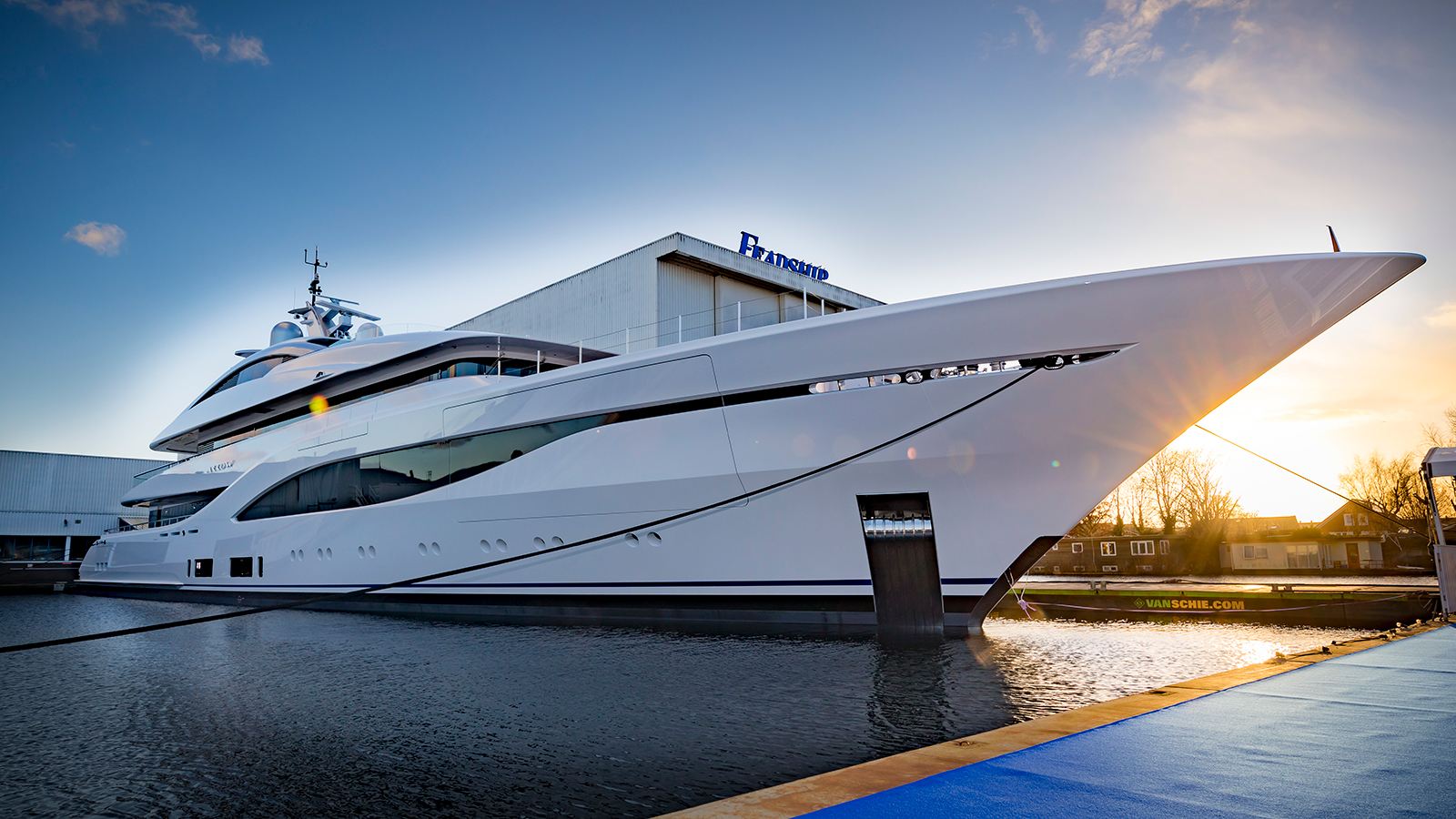 feadship-superyacht-arrow