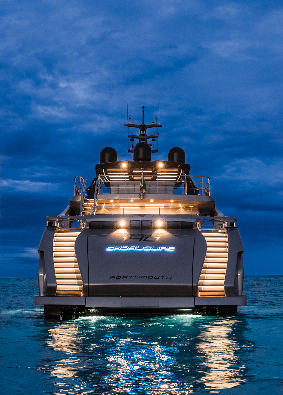 Pershing-140-superyacht